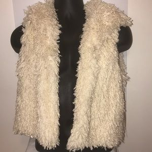 New with tags Amanda Charles off white vest.